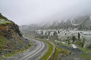 Спуск с перевала Чон-Ашуу