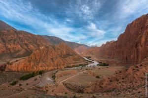 Ущелье Кызыл Коргон